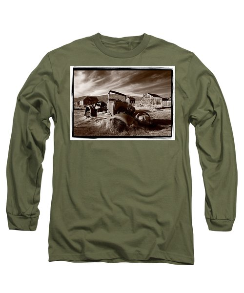 Model A Bodie Long Sleeve T-Shirt