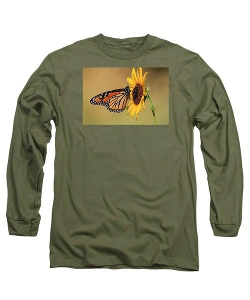 Monarch Butterfly On Sun Flower Long Sleeve T-Shirt