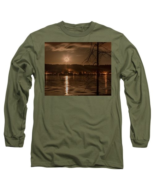Moonset On Conesus Long Sleeve T-Shirt by Richard Engelbrecht