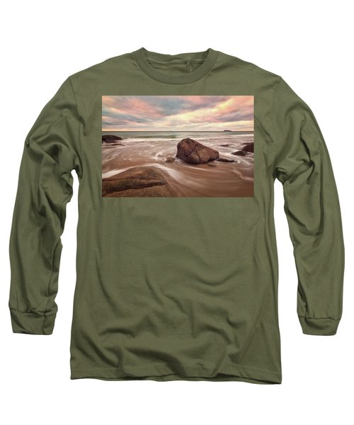 Morning Glow Singing Beach Ma Long Sleeve T-Shirt