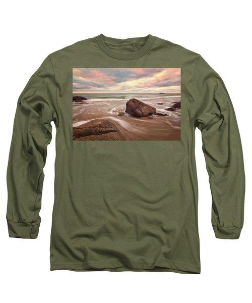 Morning Glow Singing Beach Ma Long Sleeve T-Shirt