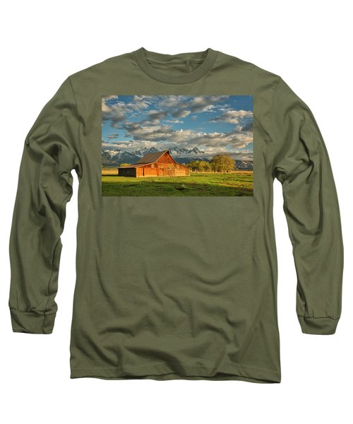 Morning Light On Moulton Barn #2 Long Sleeve T-Shirt