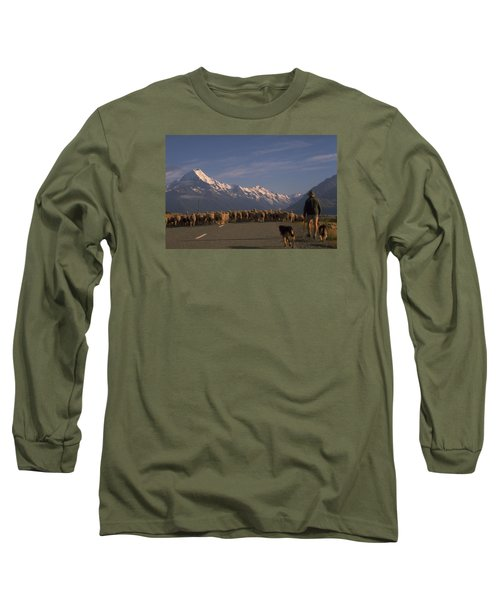 New Zealand Mt Cook Long Sleeve T-Shirt by Travel Pics