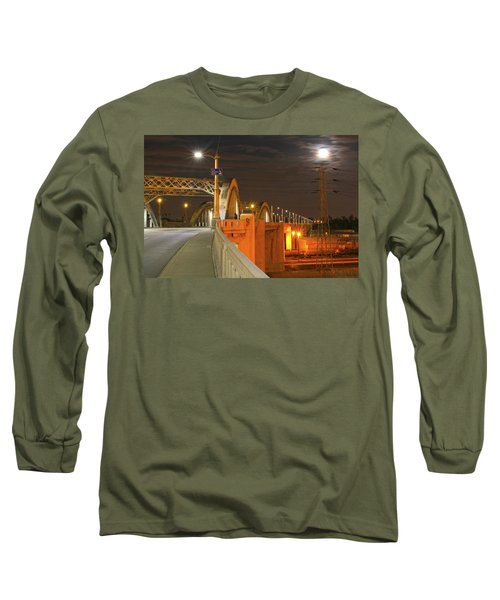 Night Shot Of The Los Angeles 6th Street Bridge And Supermoon #1 Long Sleeve T-Shirt