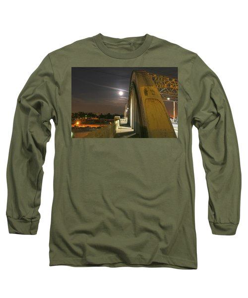 Night Shot Of The Los Angeles 6th Street Bridge And Supermoon #6 Long Sleeve T-Shirt