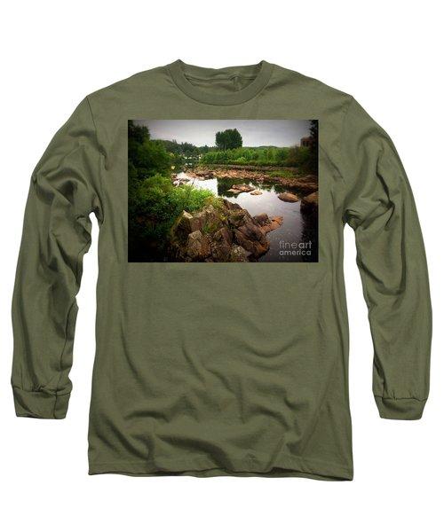 Nissan River Rapids 2 Long Sleeve T-Shirt