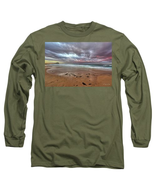 Nobbys Beach At Sunset Long Sleeve T-Shirt