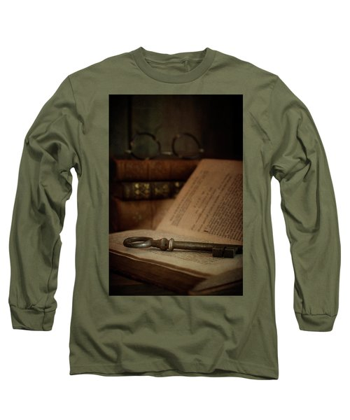 Old Book With Key Long Sleeve T-Shirt