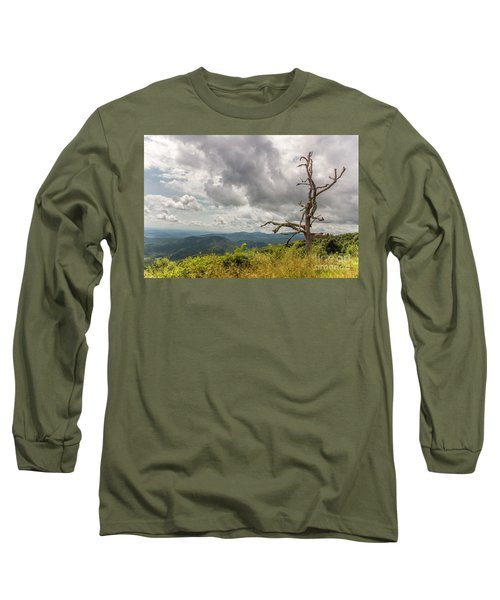 Old Man On The Mountian Long Sleeve T-Shirt