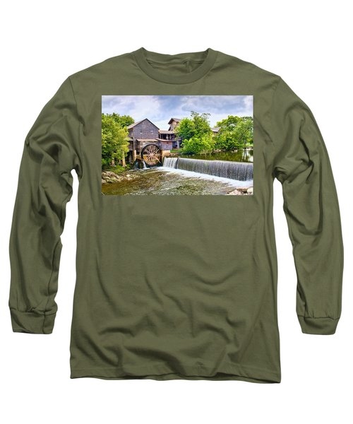 Old Pigeon Forge Mill Long Sleeve T-Shirt