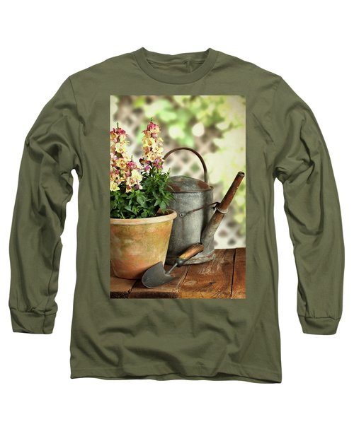 Old Watering Can With Plant Long Sleeve T-Shirt