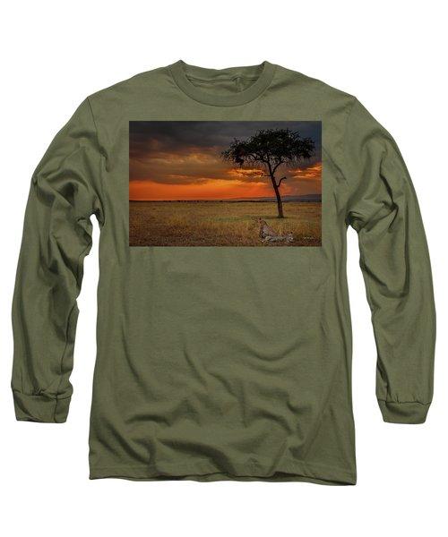 On A  Serengeti Evening  Long Sleeve T-Shirt