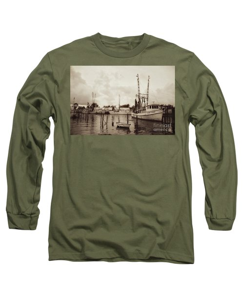 Long Sleeve T-Shirt featuring the photograph Oriental Harbor by Benanne Stiens