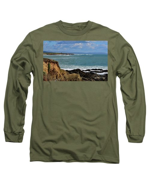 Pacific Coast View At Low Tide Long Sleeve T-Shirt