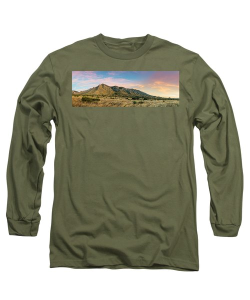 Panorama Of Hunter Peak And Frijole Ridge At Guadalupe Mountains National Park - West Texas Long Sleeve T-Shirt