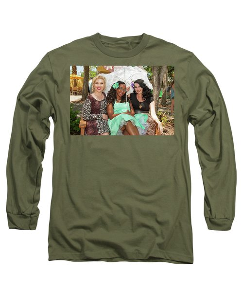 Pin-ups At The Zoo Long Sleeve T-Shirt