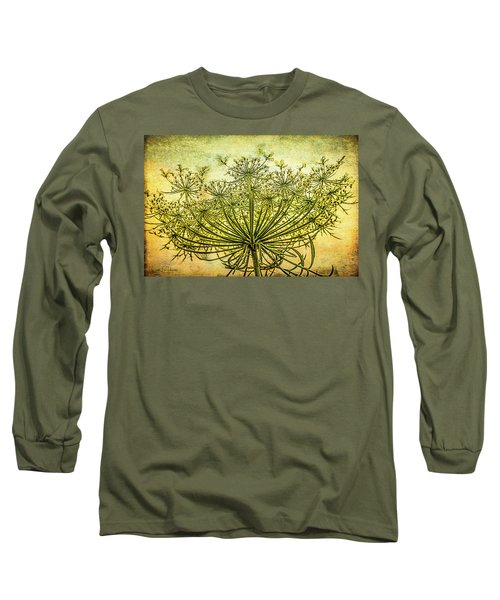 Queen Anne's Lace At Sunrise Long Sleeve T-Shirt