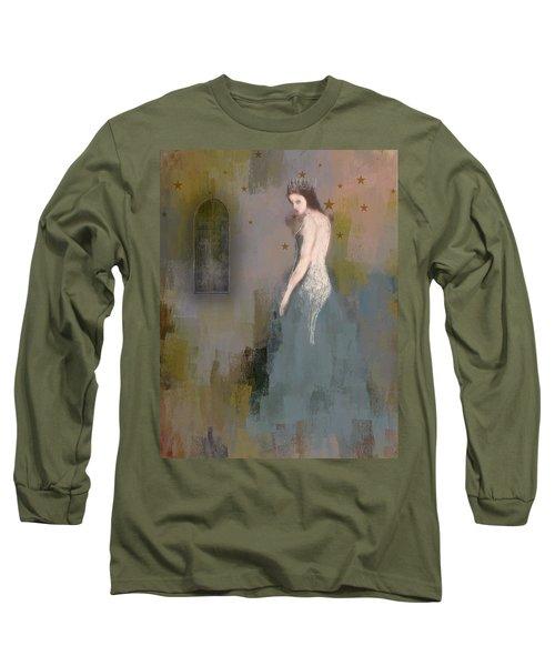 Queen Long Sleeve T-Shirt by Lisa Noneman