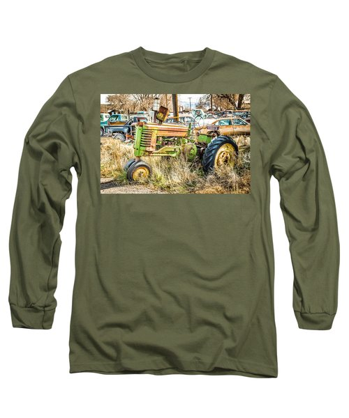 Long Sleeve T-Shirt featuring the photograph Ready To Work by Jan Davies