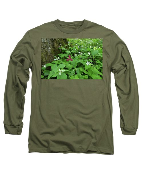Red Trillium At Center Long Sleeve T-Shirt