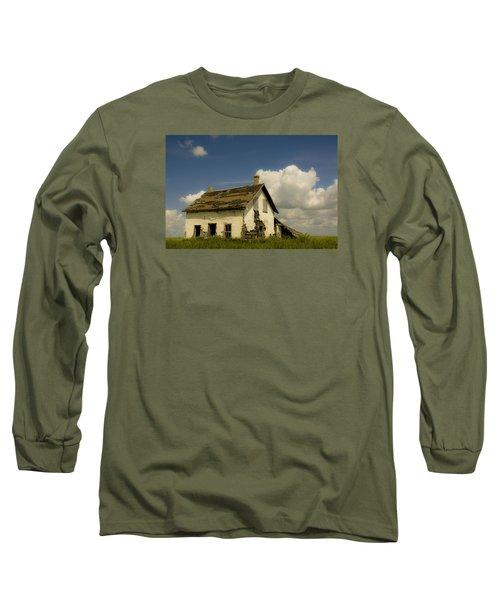 Riel Rebellion Period Farm House Long Sleeve T-Shirt by Ellery Russell