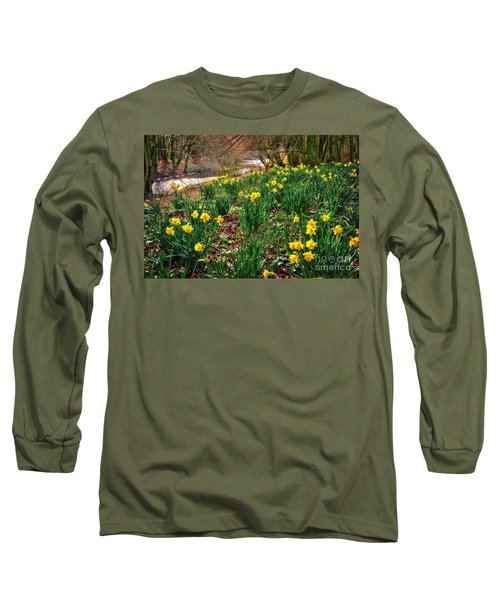 Riverside Daffodils In Spring Long Sleeve T-Shirt
