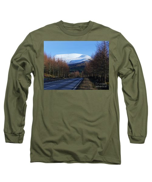 The Road To Aonach Mor  Long Sleeve T-Shirt