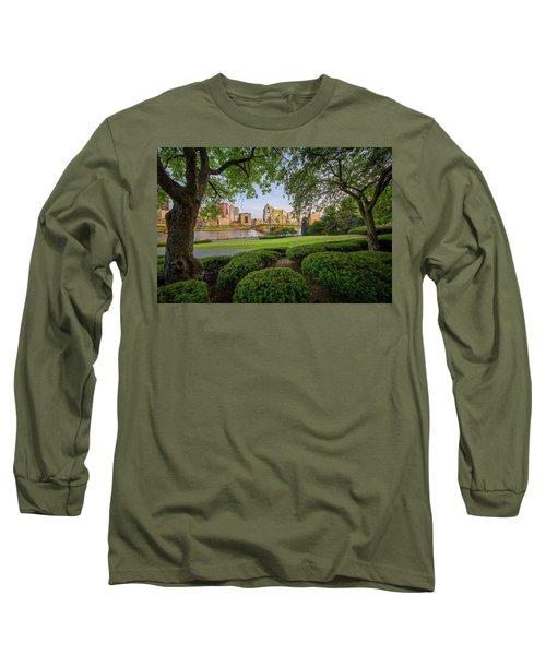Roberto Clemente Bridge Long Sleeve T-Shirt by Emmanuel Panagiotakis