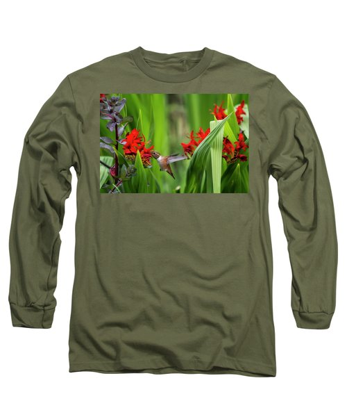 Rufous Hummingbird Feeding, No. 3 Long Sleeve T-Shirt