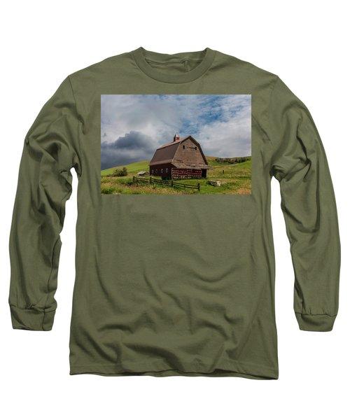 Rustic Barn Palouse Washington Long Sleeve T-Shirt by James Hammond