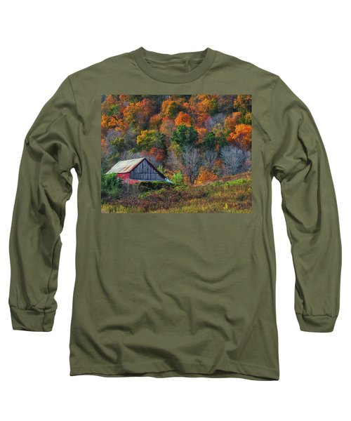 Rustic Out Building In Southern Ohio  Long Sleeve T-Shirt
