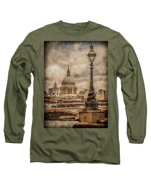 London, England - Saint Paul's Long Sleeve T-Shirt