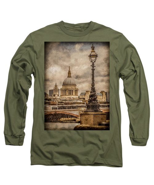 London, England - Saint Paul's Long Sleeve T-Shirt