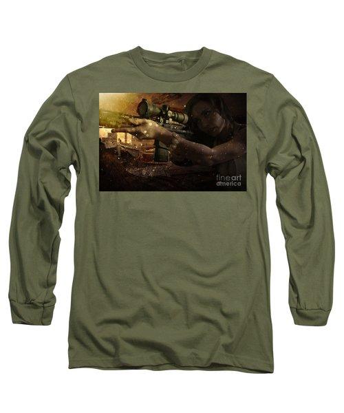 Scopped Long Sleeve T-Shirt
