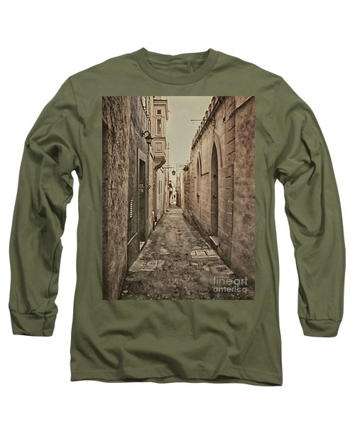 Side Street Malta Long Sleeve T-Shirt