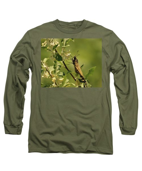 Long Sleeve T-Shirt featuring the photograph Sipping In The Shade by Susan Capuano