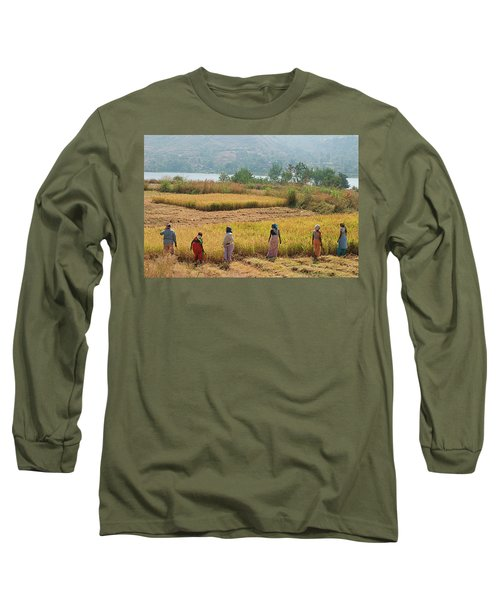 Skn 2617 Family Business Color Long Sleeve T-Shirt