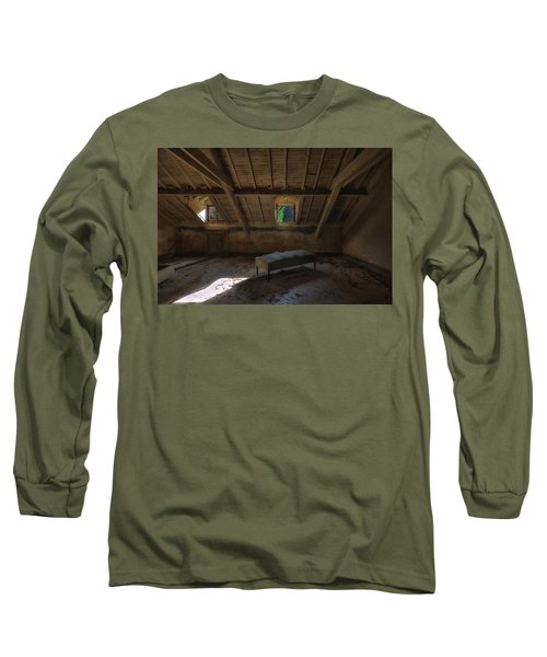 Solitary Bed Under The Roof  - Letto Solitario Sotto Il Tetto Long Sleeve T-Shirt