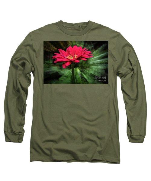 Spiral Pink Flower Focus Long Sleeve T-Shirt