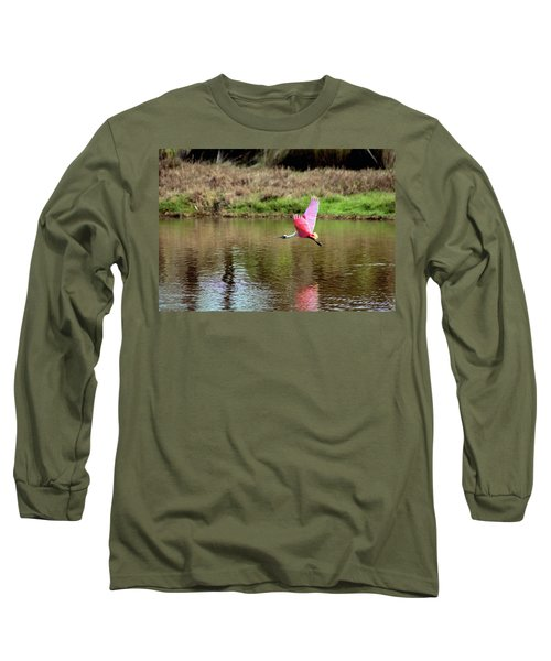 Spoonbill In Flight Long Sleeve T-Shirt