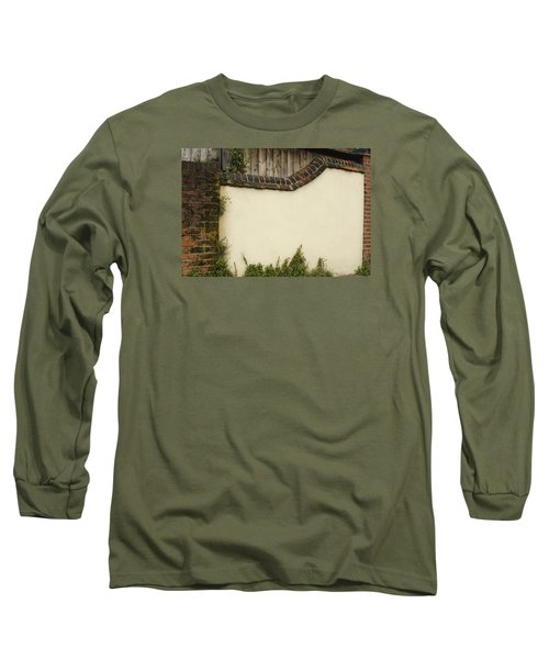 Long Sleeve T-Shirt featuring the photograph Stage-ready by Wanda Krack