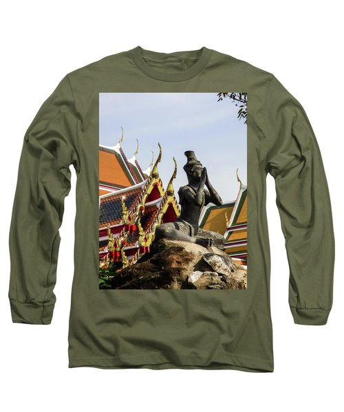 Statue At Famous Wat Pho Temple Long Sleeve T-Shirt