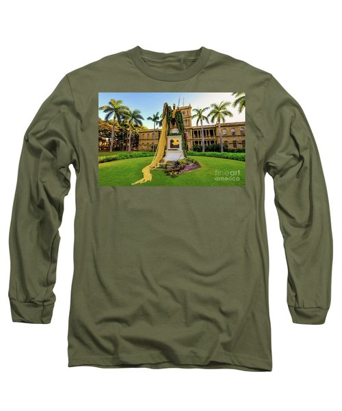 Statue Of, King Kamehameha The Great Long Sleeve T-Shirt