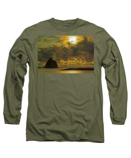 Long Sleeve T-Shirt featuring the photograph Sunset At Jones Island by Dale Stillman