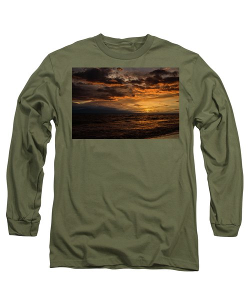 Long Sleeve T-Shirt featuring the photograph Sunset Over Hawaii by Chris McKenna