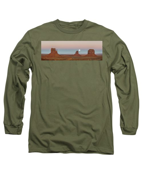 Super Moon In Monument Valley Long Sleeve T-Shirt