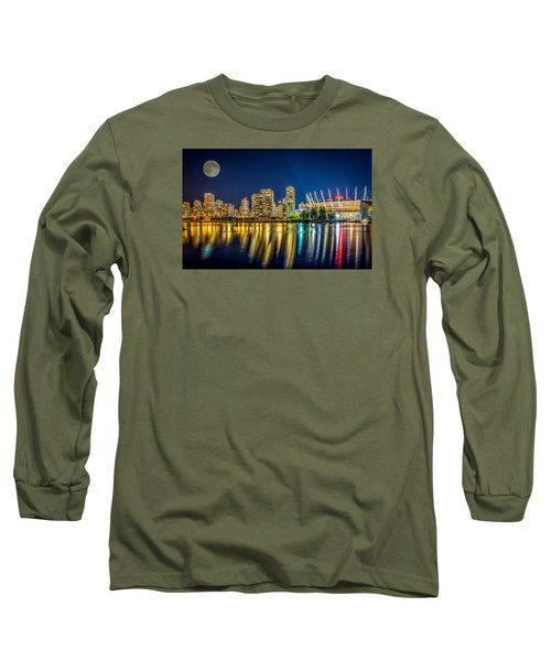 Super Moon Over Vancouver  Long Sleeve T-Shirt by Sabine Edrissi