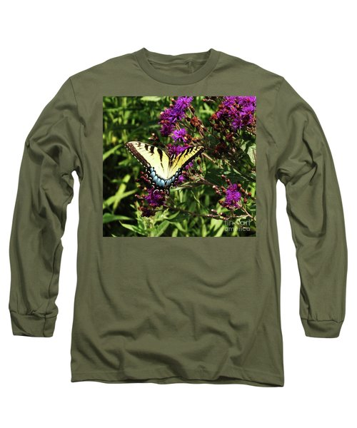 Swallowtail On Butterfly Weed Long Sleeve T-Shirt