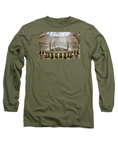 Temple Washroom Long Sleeve T-Shirt