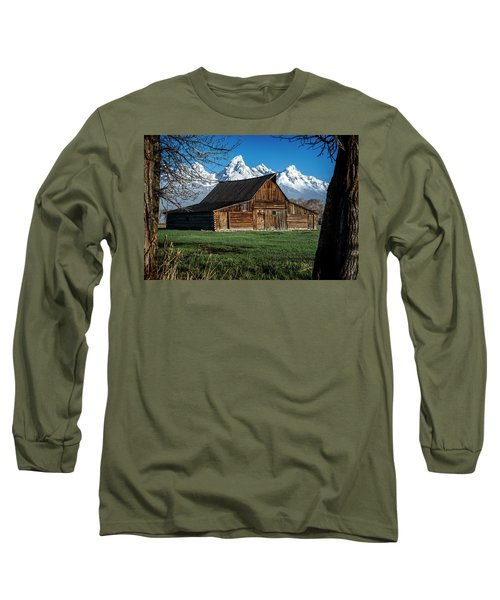 Long Sleeve T-Shirt featuring the photograph Moulton Barn And Tetons by Scott Read